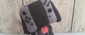 """Nintendo Switch : une artiste créé la peluche """"Switch Dog"""" en une nuit"""