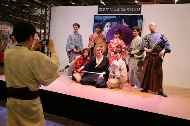 Stands Japan Expo 2015 : Japan expo stands cosplay goodies nos photos