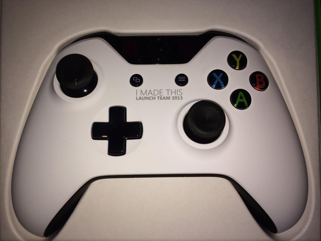 Xbox one blanche Xbox-one-photo-528dedd7b9f28