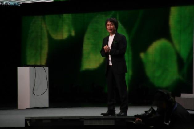 Miyamoto sur scène lors de l'E3 2012