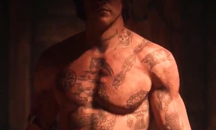 Assassin's Creed 4 : le trailer des tatouages