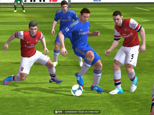 fifa 13 les images sur ipad et iphone. Black Bedroom Furniture Sets. Home Design Ideas