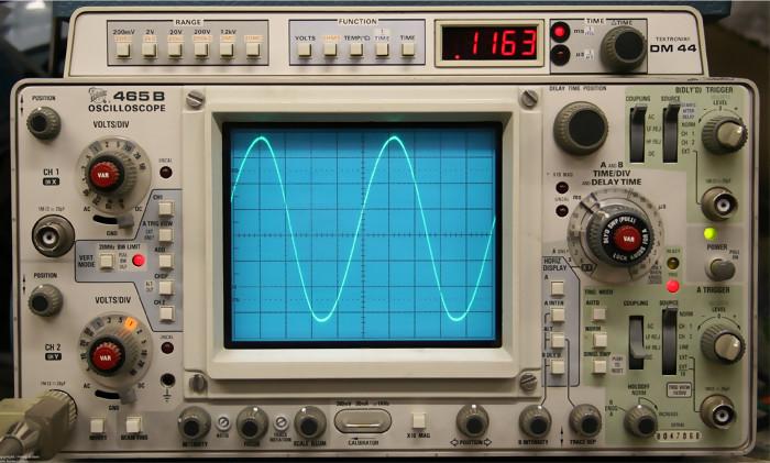 Oscilloscope Tennis For Two : Le premier quake renaît sur un oscilloscope