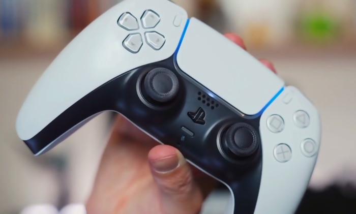 PS5 controller