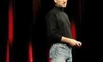 Steve Jobs arbore toujours ce même look négligé lors de ses keynotes.