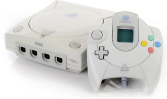 SEGA : des manettes Dreamcast et Mega Drive signées Retro-Bit
