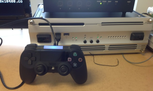 DevKit PS4 complet, avec machine et manette