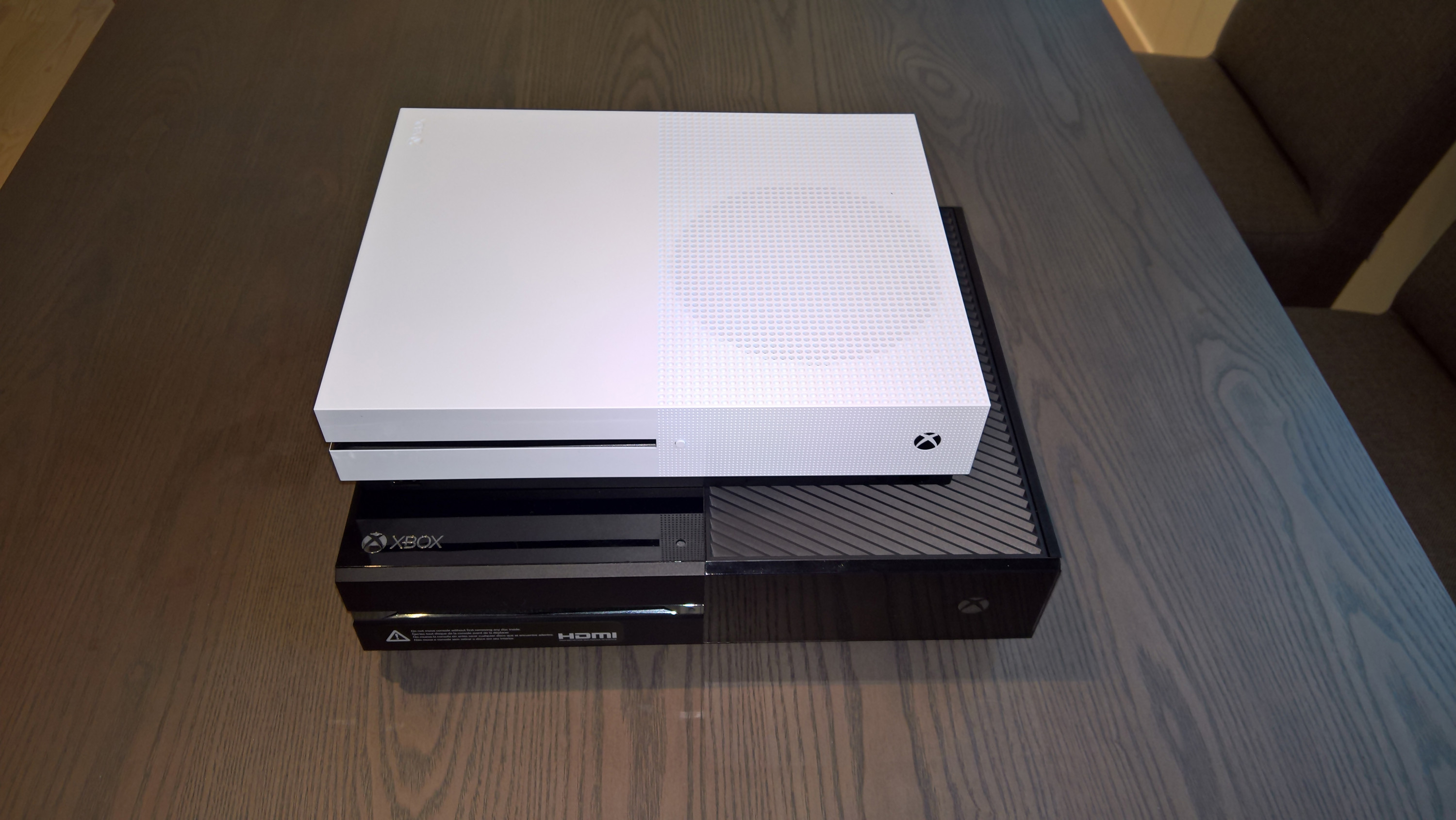 Xbox one vs xbox one slim le comparatif en photos