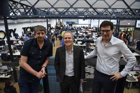 Yves Guillemot, entouré des fondateurs du studio Ivory Tower Crédits photo : Le Monde