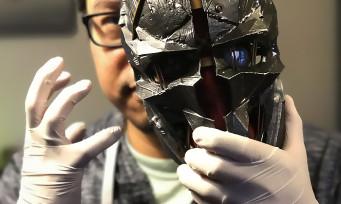 Dishonored 2 : notre unboxing du collector avec le Masque de Corvo !