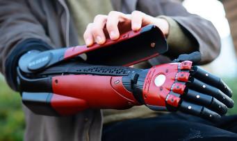 Metal Gear Solid 5 : un vrai bras bionique aux couleurs de Venom Snake